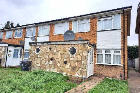 2 bedroom terraced house for sale - Chichester Way, Feltham