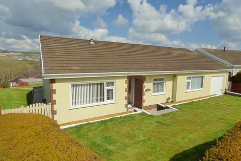 4 bedroom bungalow for sale - Awel Tywi, Carmarthen, Carmarthenshire