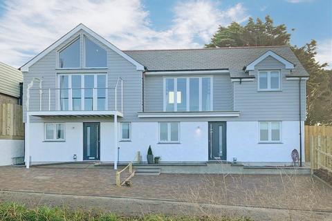 6 bedroom detached house for sale - Mullion