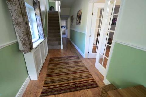5 bedroom terraced house to rent - Barrington Place, Gateshead, Tyne & Wear, NE8