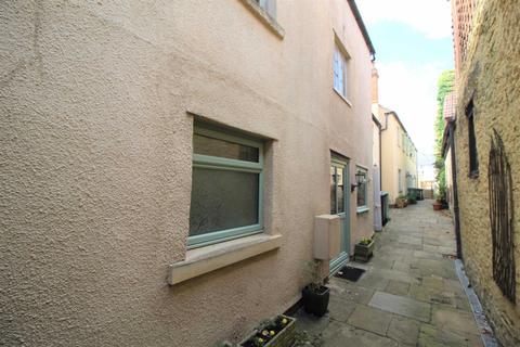 1 bedroom flat for sale - The Causeway, Chippenham