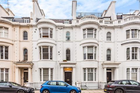 2 bedroom flat - Gloucester Terrace, London