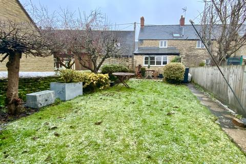 2 bedroom end of terrace house for sale - Barn Way, Cirencester