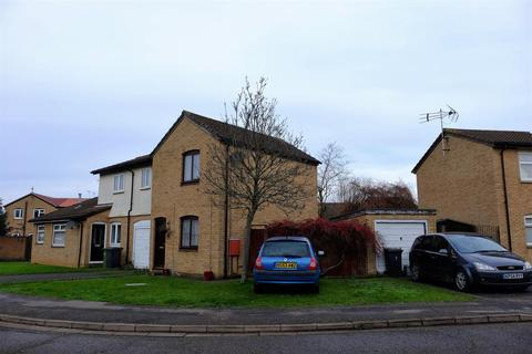 2 bedroom semi-detached house for sale - Lombardy Drive, Peterborough
