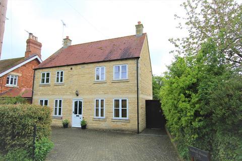 3 bedroom detached house for sale - Main Street, Empingham, Oakham