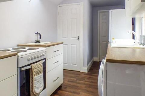 3 bedroom flat to rent - Auburn Place, Morpeth