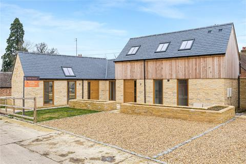 2 bedroom property for sale - Park Yard, Waterstock, Oxford, OX33