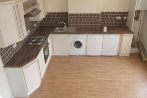 2 bedroom flat to rent - City Rd, Roath