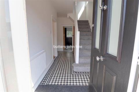 3 bedroom semi-detached house to rent - Rockwood Avenue, Crewe