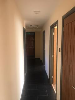 3 bedroom flat for sale - Cowbridge Lane, Barking, Essex, IG11