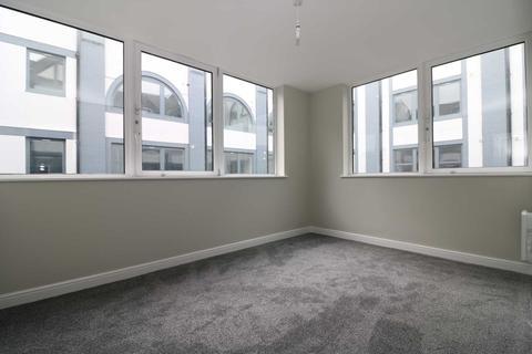 2 bedroom apartment - Canning Street, Birkenhead