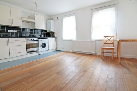 1 bedroom flat to rent - Wandsworth Road, London  SW8