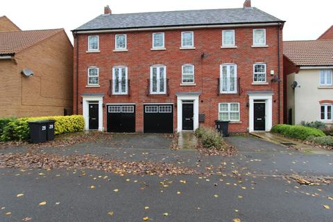 3 bedroom townhouse - Wharton Crescent, , Beeston, NG9 1RJ