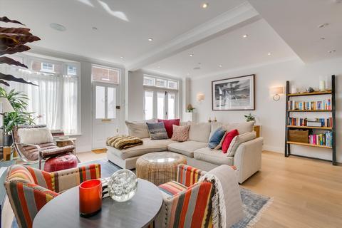 3 bedroom mews - Princes Mews, Notting Hill, London, W2