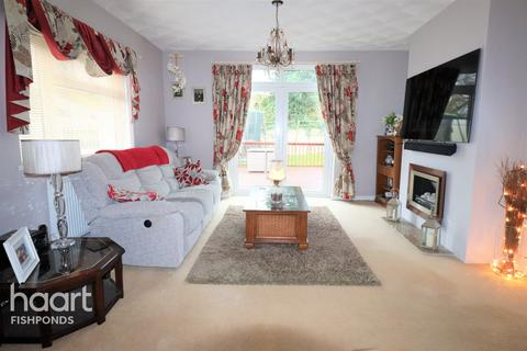 4 bedroom detached bungalow for sale - Church Road, BRISTOL