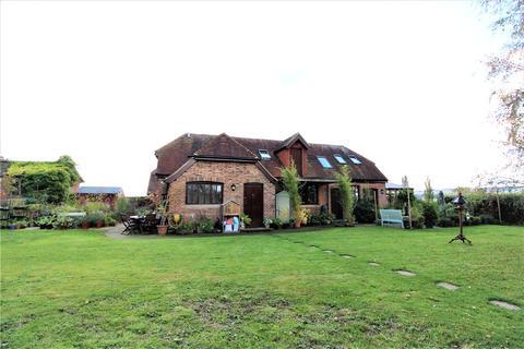 4 bedroom detached house to rent - Lee Place Farm, Blackgate Lane