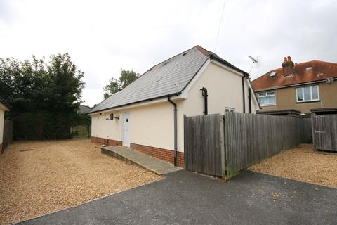 5 bedroom detached house to rent - Wycliffe Gardens BOURNEMOUTH