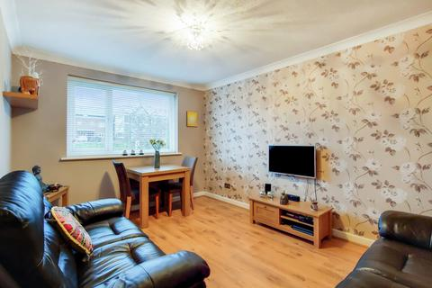 2 bedroom maisonette for sale - Swallowdale , Selsdon