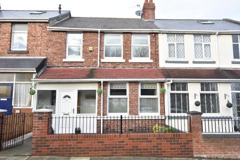 3 bedroom terraced house - Mount Road, High Barnes