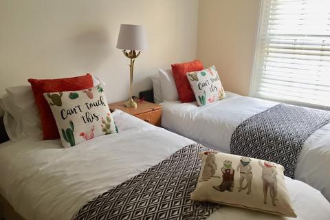 2 bedroom mews to rent - Brunswick Mews, Hove
