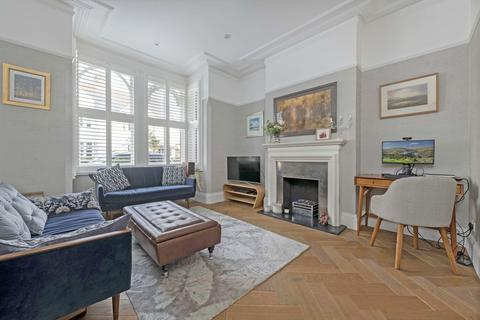 4 bedroom terraced house for sale - Culmstock Road, London, SW11