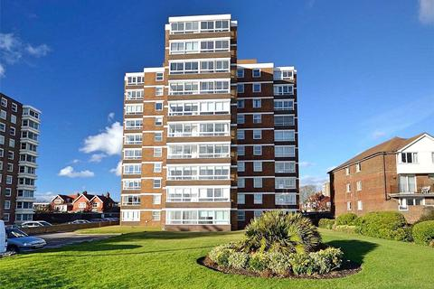 2 bedroom apartment - Balcombe Court, West Parade, Worthing, West Sussex, BN11