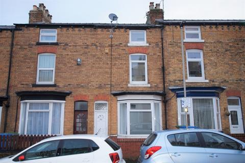 3 bedroom terraced house to rent - Murchison Street, Scarborough