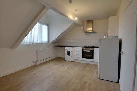 1 bedroom apartment to rent - Knighton Road, Leicester