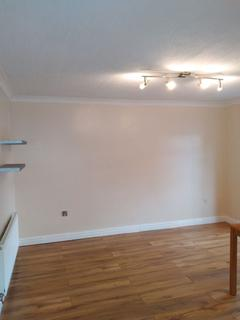 3 bedroom semi-detached house - Glebe Street, Chadderton, Oldham