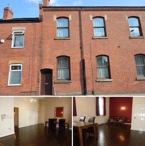 2 bedroom flat to rent - High Street, Golborne