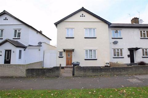 3 bedroom semi-detached house to rent - Hale End Road, Chingford