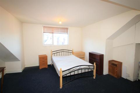 4 bedroom house to rent - 42 Pinner Road, Sheffield