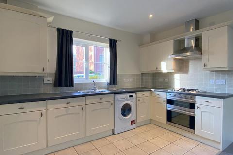 2 bedroom ground floor flat - Parc Y Felin, Sketty