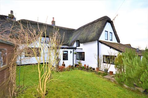 3 bedroom semi-detached house for sale - Moggs Lane, Calstone