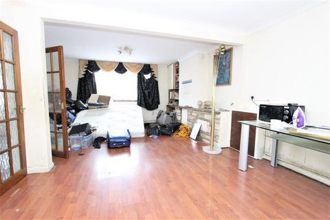 3 bedroom house for sale - Montagu Gardens, Edmonton, N18