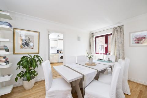 2 bedroom apartment to rent - William Morris Way, London, UK, SW6