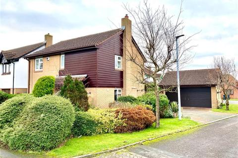 4 bedroom detached house for sale - Crofters Heath, Great Sutton, CH66 2XJ