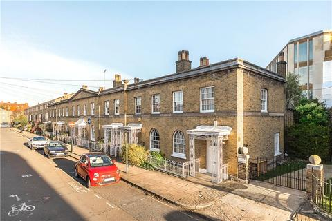 2 bedroom end of terrace house for sale - Cardigan Street, Kennington, London, SE11