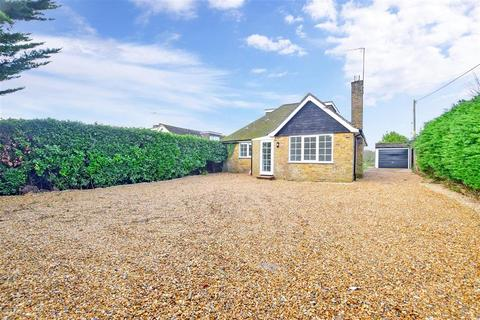 3 bedroom bungalow for sale - Oakhurst Lane, Loxwood, West Sussex