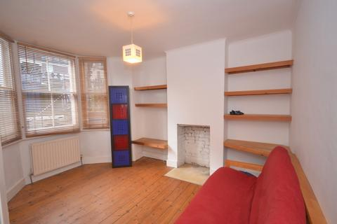 1 bedroom flat to rent - Madron Street, Old Kent Road, Elephant and Castle, London, SE17 2LE