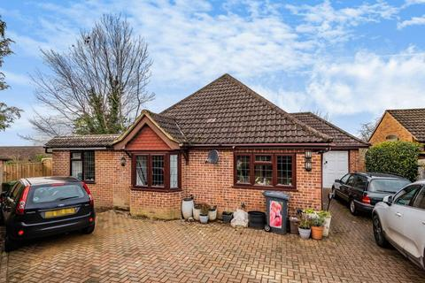 3 bedroom detached bungalow for sale - High Wycombe,  Buckinghamshire,  HP13