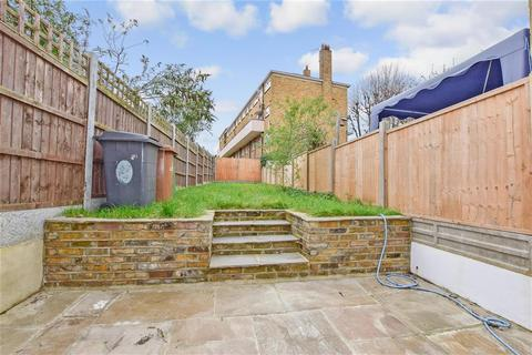 2 bedroom terraced house for sale - Shernhall Street, London