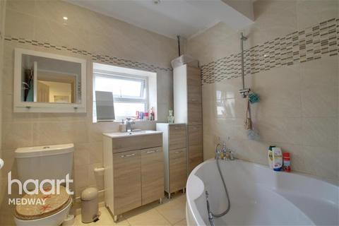2 bedroom terraced house to rent - Northcote Road, ME2
