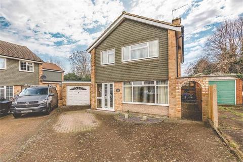 3 bedroom detached house for sale - Hag Hill Rise, Taplow, Buckinghamshire