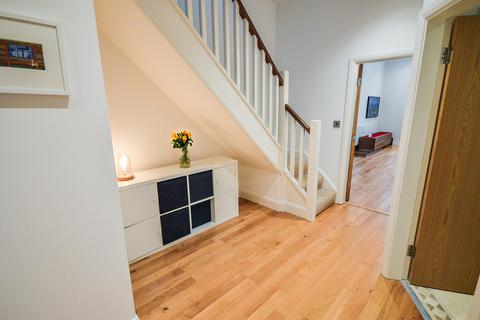 3 bedroom apartment for sale - St. Margarets Road, Altrincham, Cheshire
