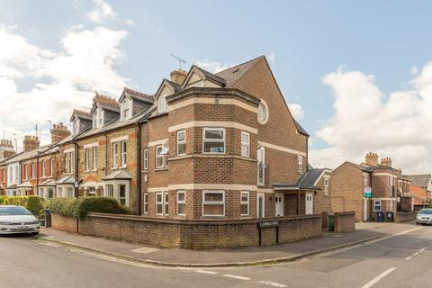 2 bedroom apartment - Leopold Street, Oxford