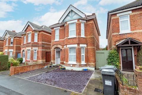 4 bedroom house for sale - Osbourne Road, Winton , Bournemouth