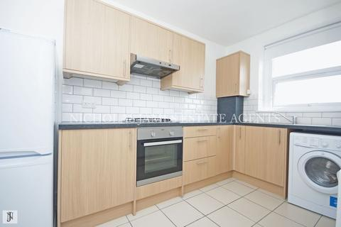 1 bedroom apartment to rent - Wightman Road, London N8