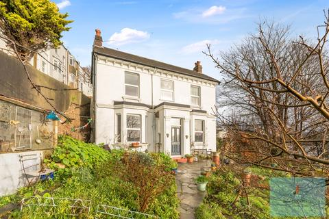 3 bedroom detached house for sale - Wakefield Road, Brighton, BN2