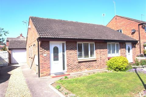 2 bedroom semi-detached bungalow for sale - Bellburn Lane, Darlington